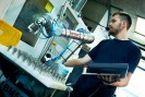 Image - Universal Robots: Precise, Collaborative, Easy to Use