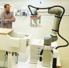 Image - Enhanced Cobot's 25% Greater Payload Allows for Heavier Workpieces When Machine Tending (Video)
